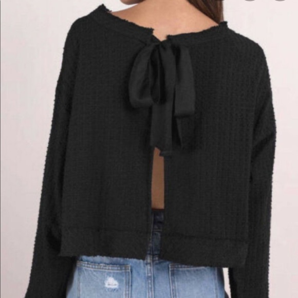 Free People open back top with 🎀